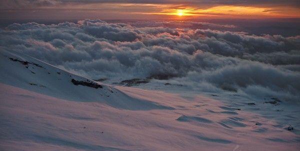 Freeskiing in den argentinischen Anden.