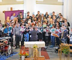 "Kirchenchor mit ""Jesus Christ, Superstar"""