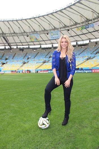 Shakira Ist Hundertfache Facebook Millionärin Multimedia Volat