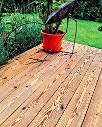 warum thermoholz so gerne auf der terrasse liegt bauen. Black Bedroom Furniture Sets. Home Design Ideas