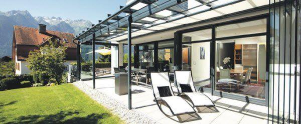 sommerliche leichtigkeit im glashaus bauen und wohnen 1 vol at. Black Bedroom Furniture Sets. Home Design Ideas