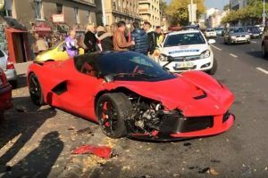 PS-Protz crasht 1-Million-Euro-Ferrari