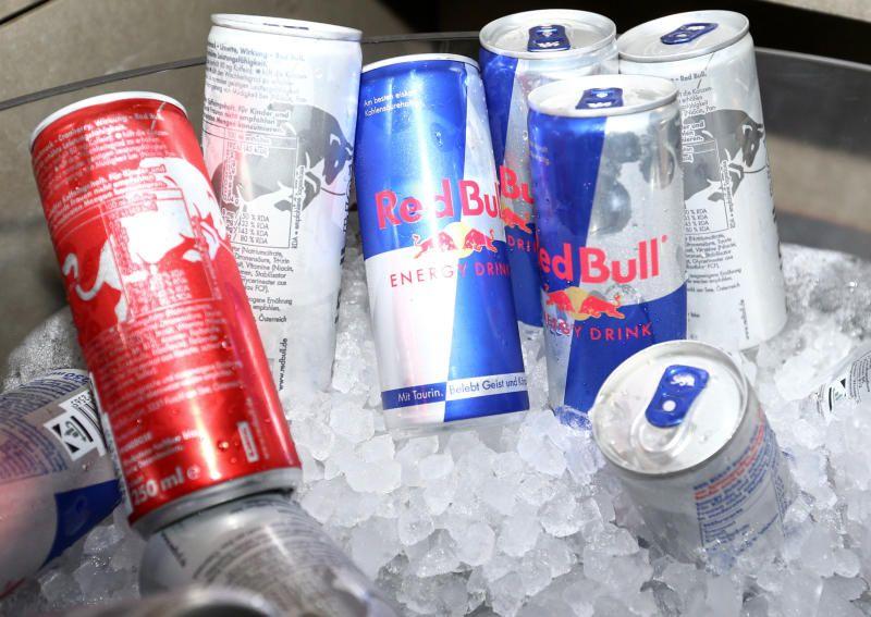 Kühlschrank Von Red Bull : Red bull kühlschrank sponsoring der von red bull gesponsert wurde