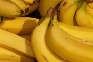Video: So isst man Bananen richtig