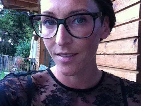 Anita Beck Aus Brand Sichert Sich Doppeltes Gehalt