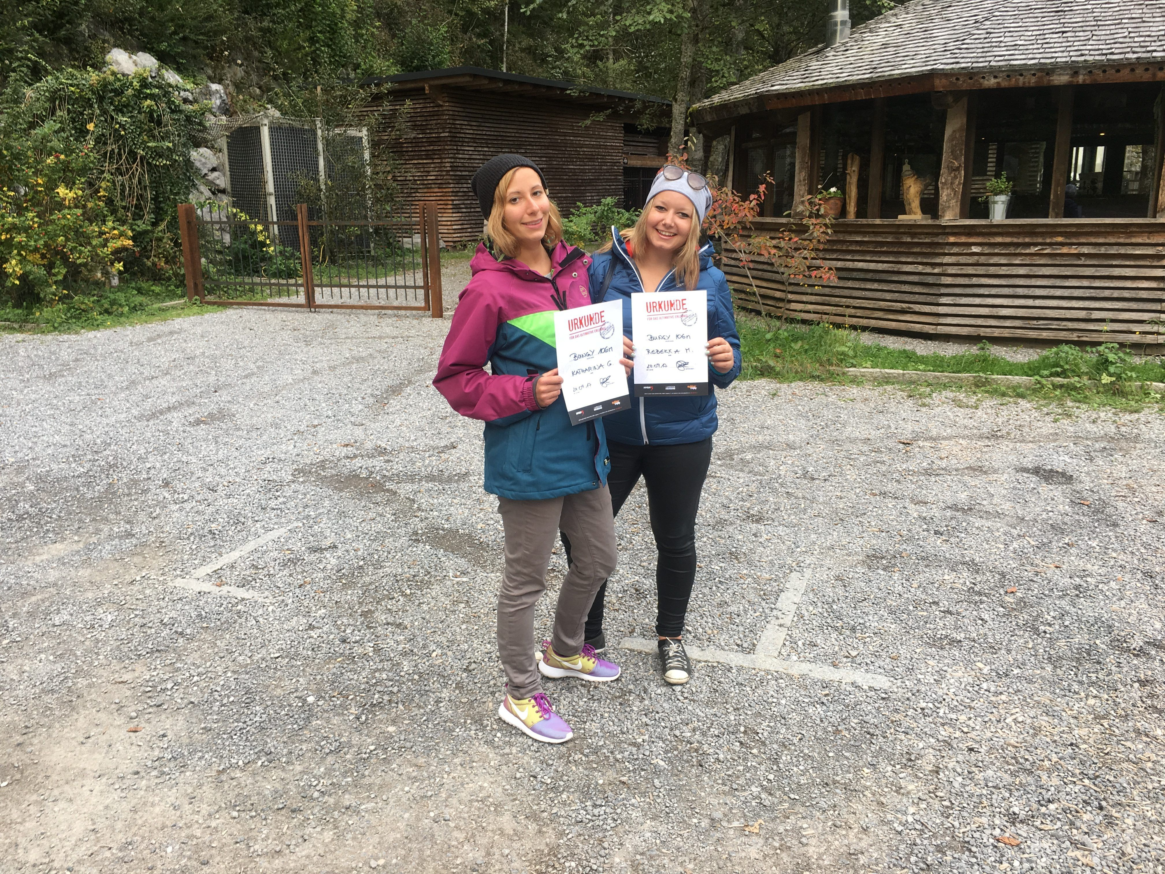 Die Gewinnerinnen im HIGH 5 Outdoorcenter in Lingenau.