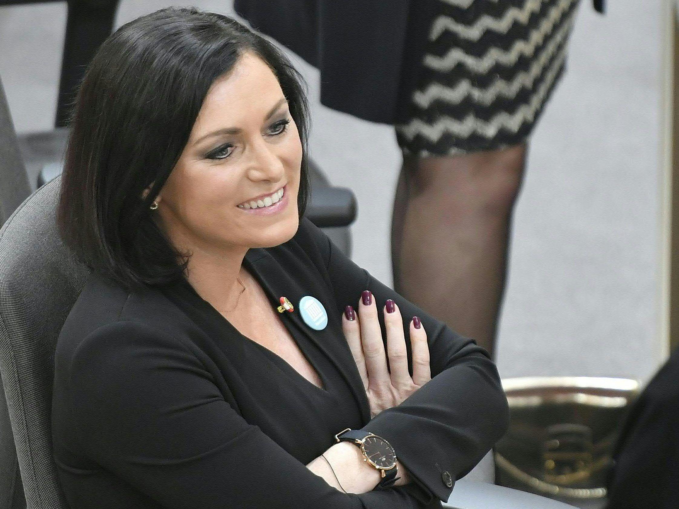 Elisabeth Köstinger Zur Präsidentin Des Nationalrates Gewählt