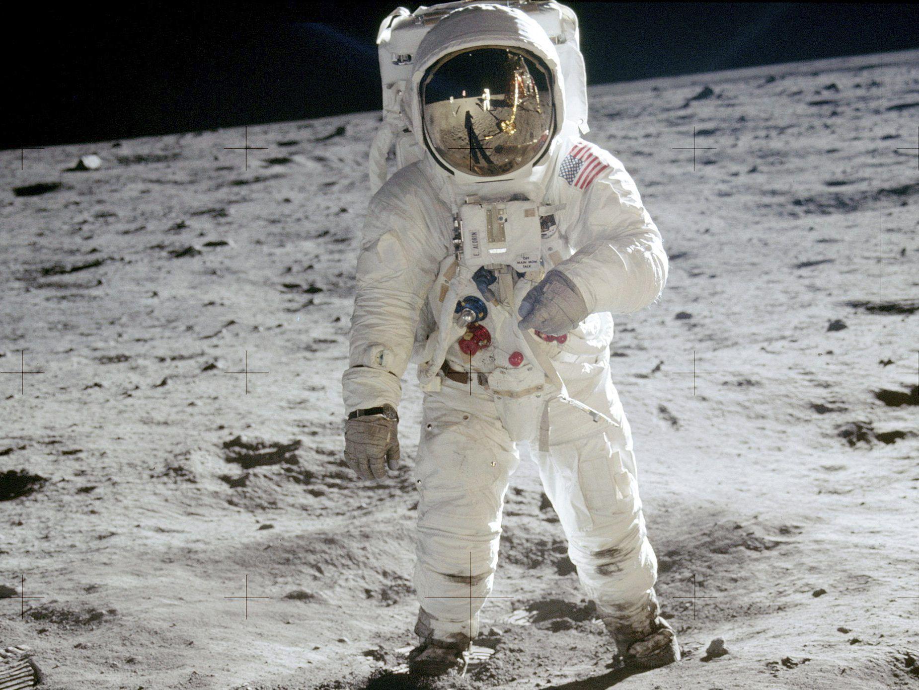 1. Mondlandung