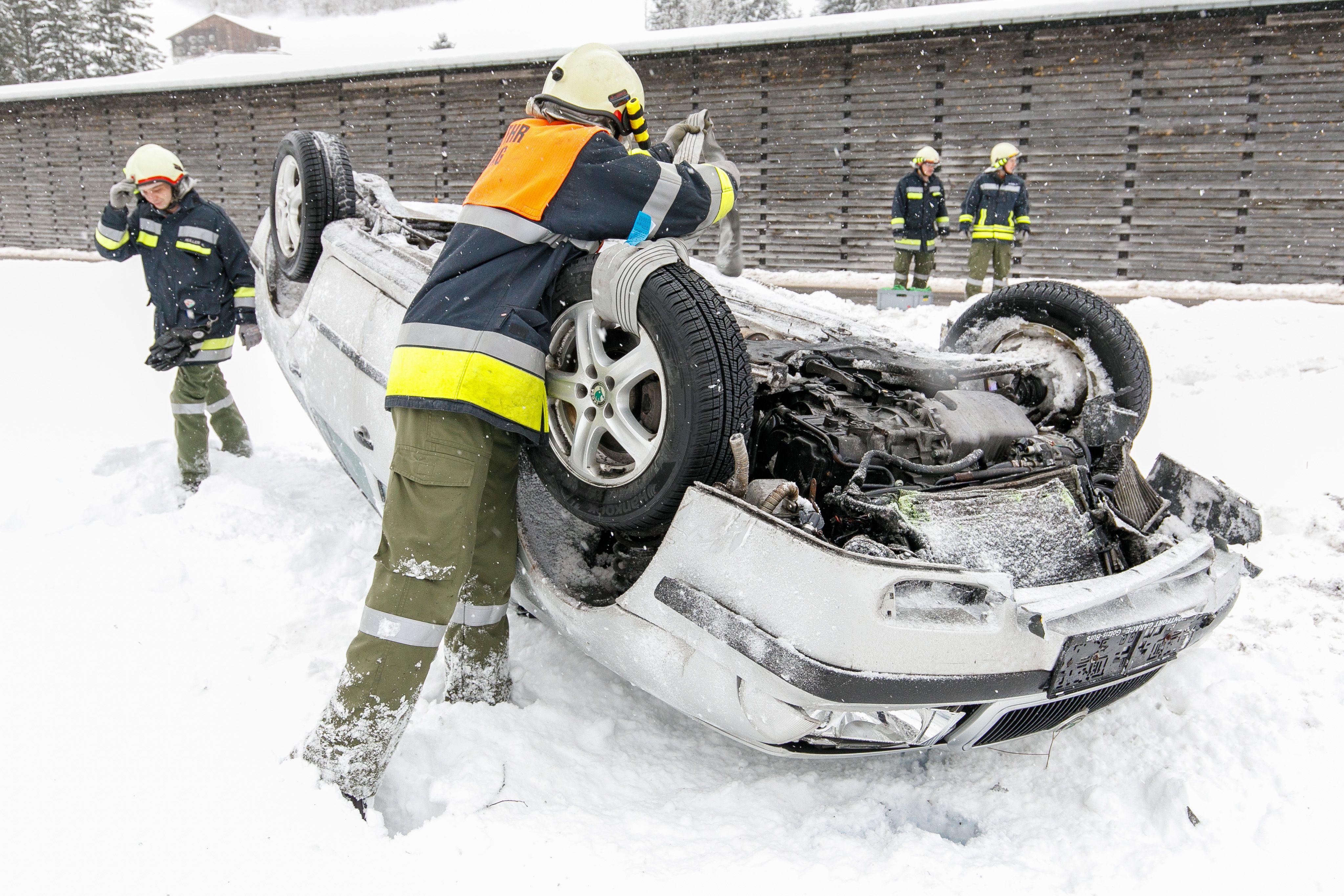 Vorarlberg: Überschlag nach Überholmanöver