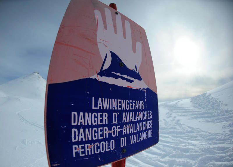 Vorarlberg: Zwei Wintersportler in Lech von Lawine verschüttet