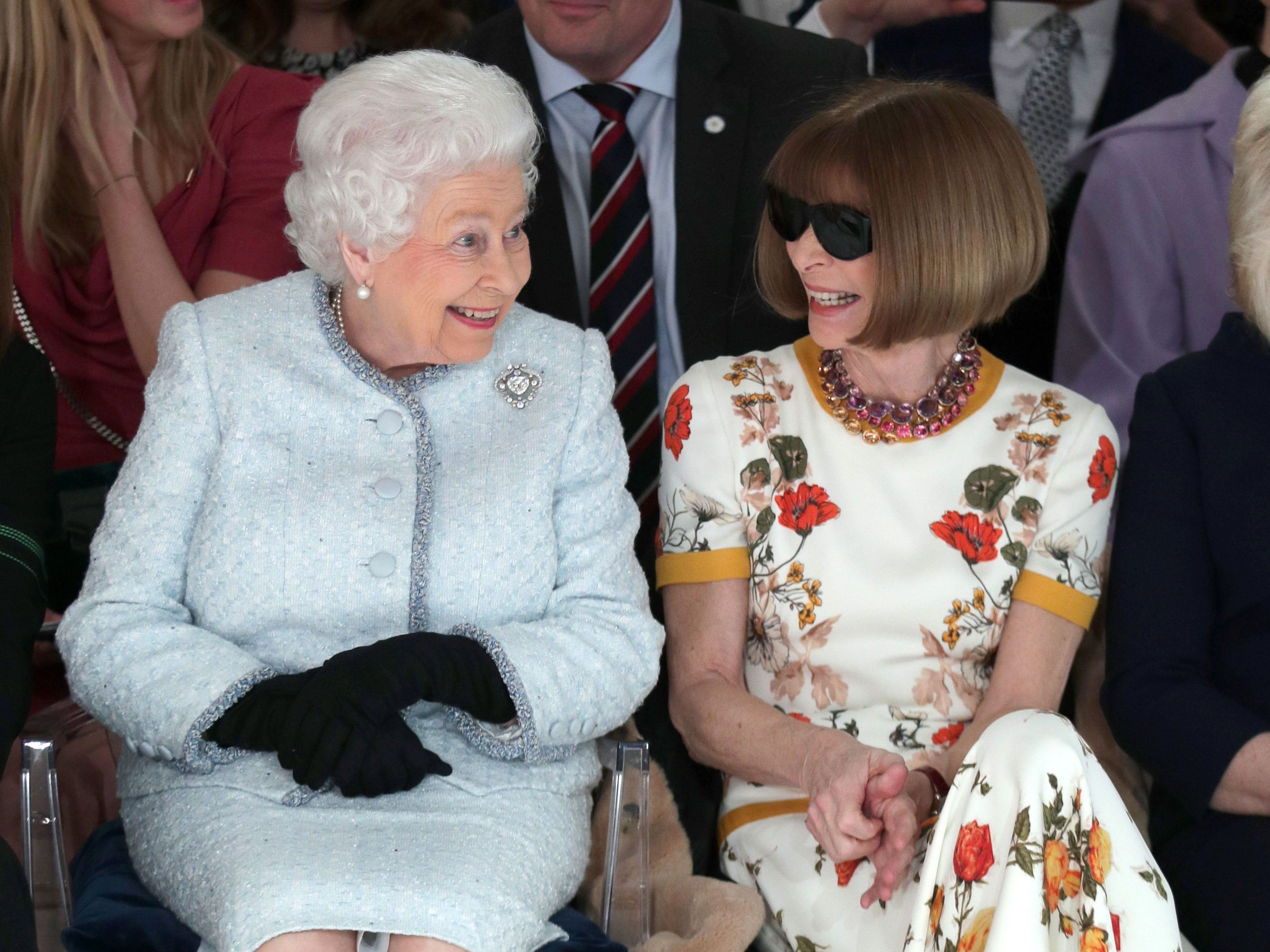 Die Queen besucht die Fashion Week