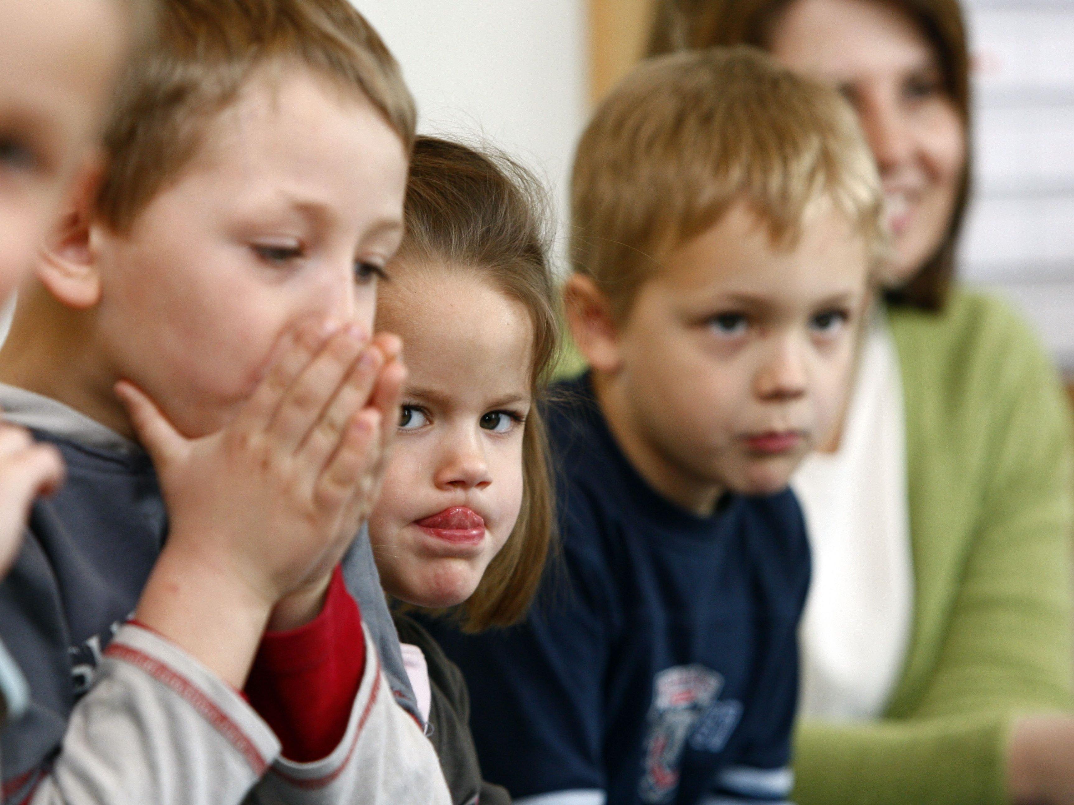 Fein Kinderbetreuer Fortsetzen Australien Ideen - Beispiel Business ...