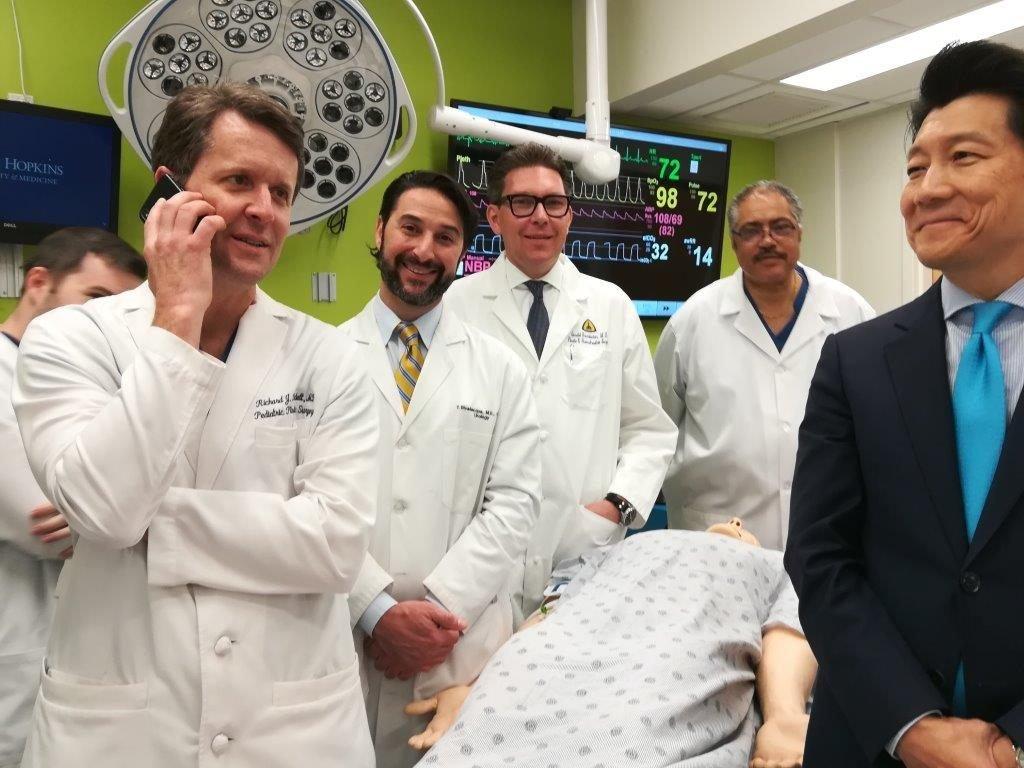 US-Ärzte transplantieren erstmals Penis mitsamt Hodensack