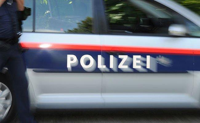 Vorarlberg: Verkehrsunfall in Bezau mit einem Golfcaddy