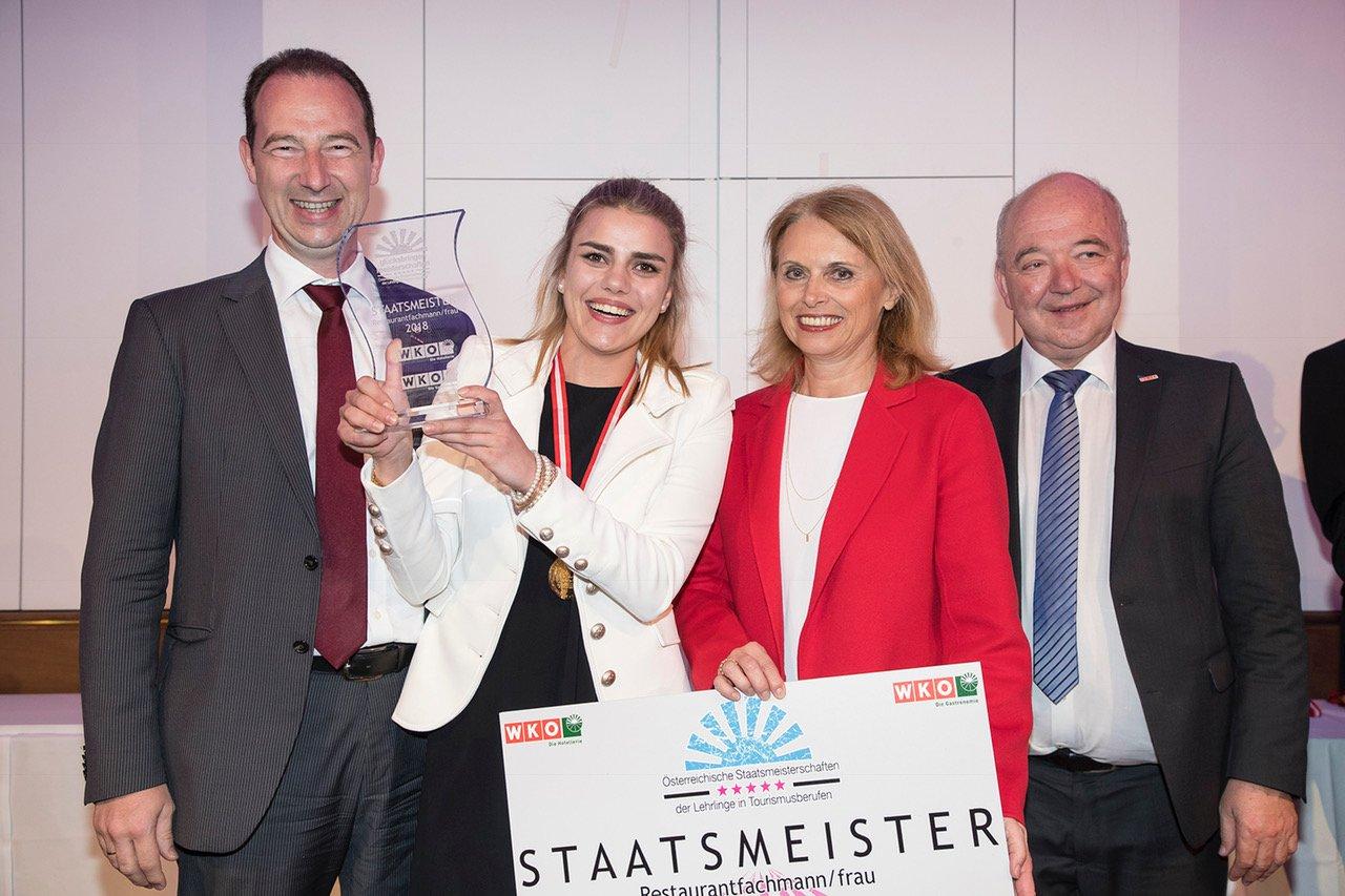 Staatsmeisterin aus Vorarlberg: Gold für Restaurantfachfrau Jacqueline Hörburger