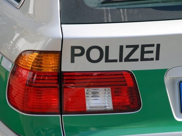 Nach versuchtem Diebstahl: Mann stirbt im Altkleidercontainer