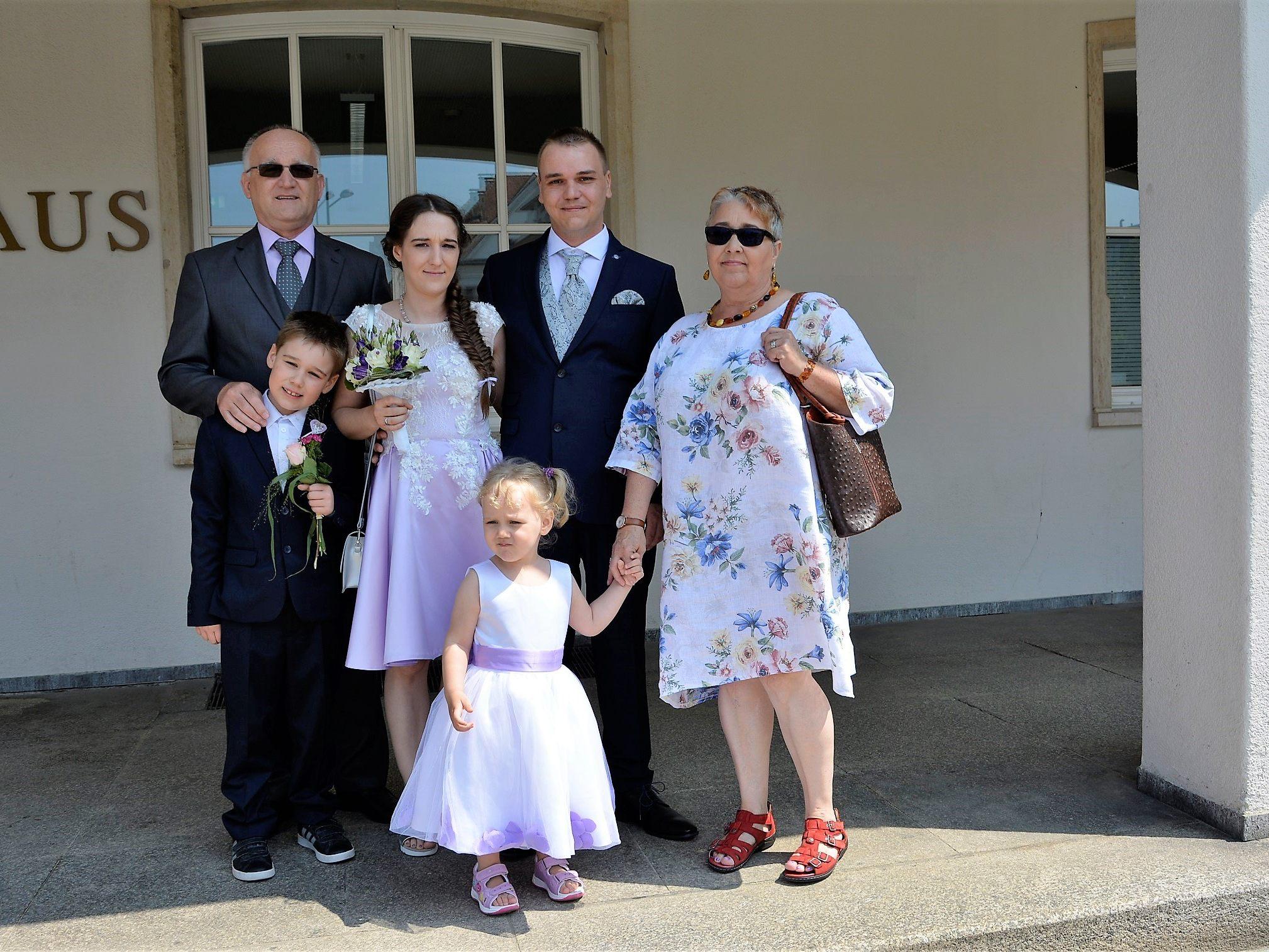 Hochzeit von Simone Mößlacher und René Csuk - Dornbirn | VOL.AT