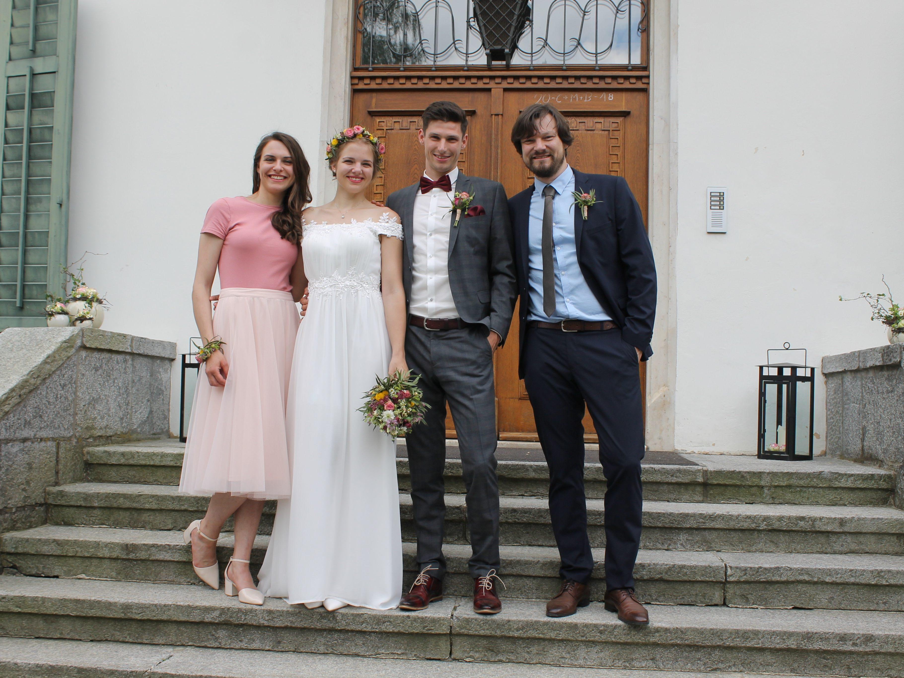 Hochzeit Von Anna Hagen Und Benedikt Zech Thuringen Vol At