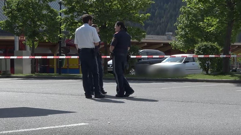 Jahriger Vorarlberger Bei Messerstecherei In Tirol Getotet Vorarlberg Vol At