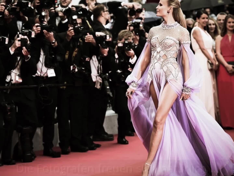 online store 10b63 2e3b4 Cannes: Model ohne Höschen auf dem Roten Teppich - Stars ...