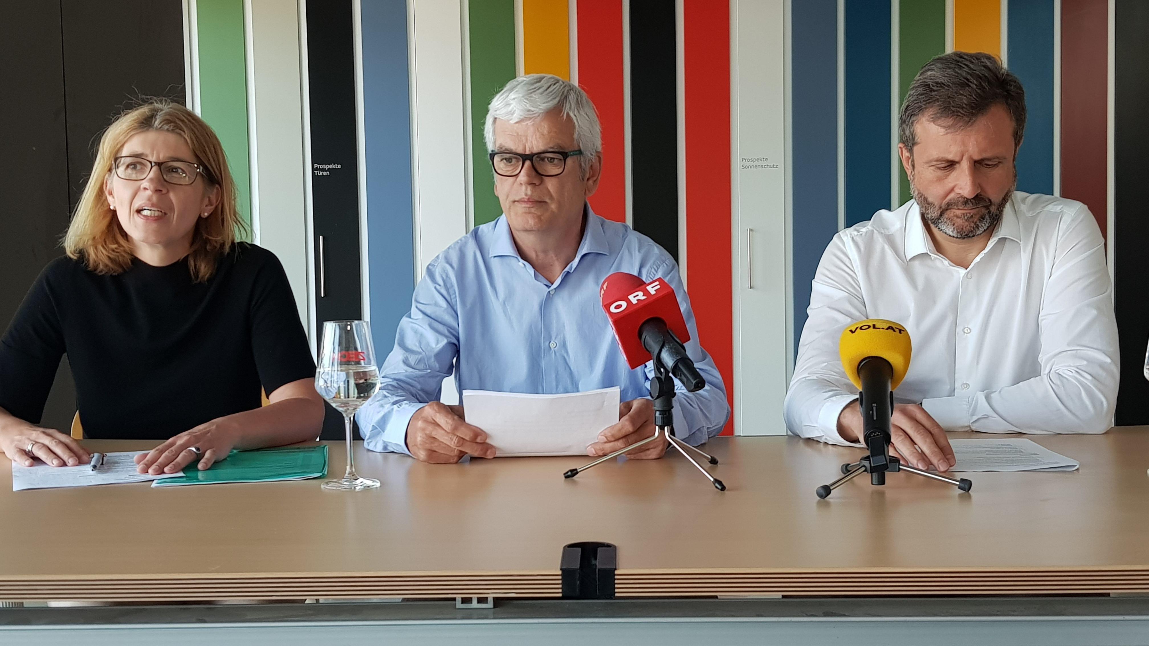 Vorarlberger zech gruppe steht vor umfassender - Mondkalender heute fenster putzen ...
