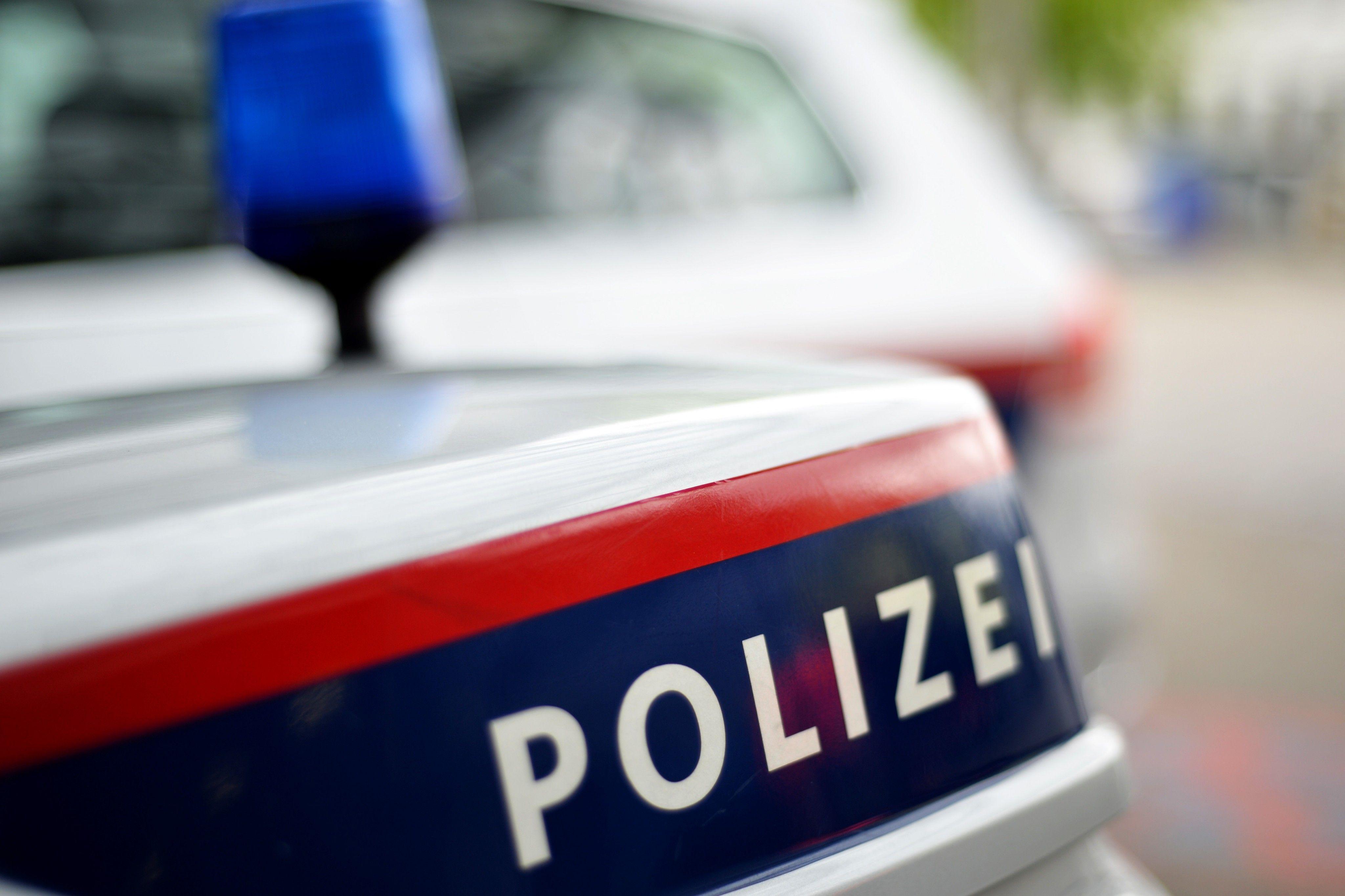Vorarlberg: Moped-Unfall - Polizei sucht Autofahrer