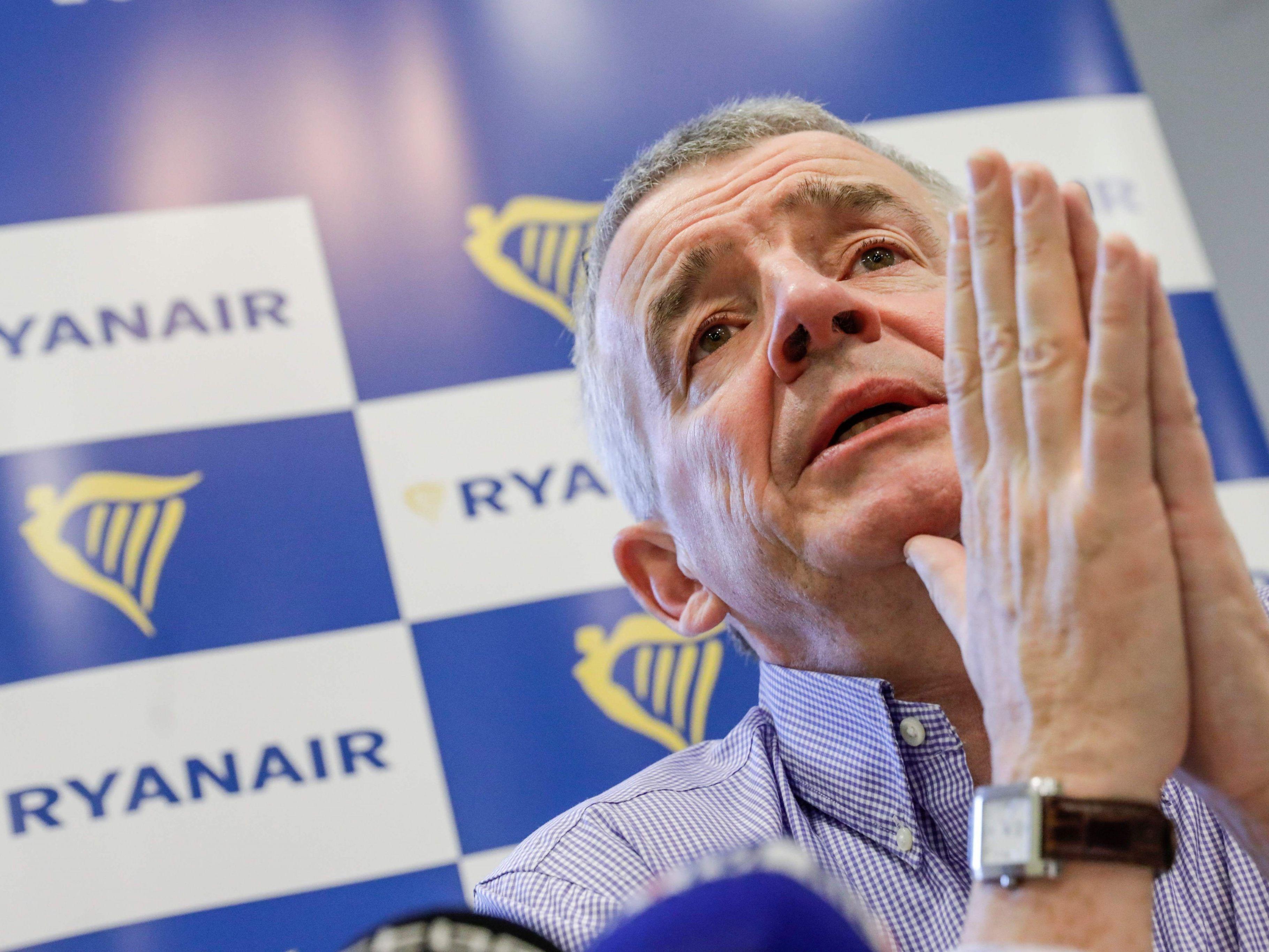 Mitten in den Sommerferien:Ryanair-Piloten stimmen für Streik