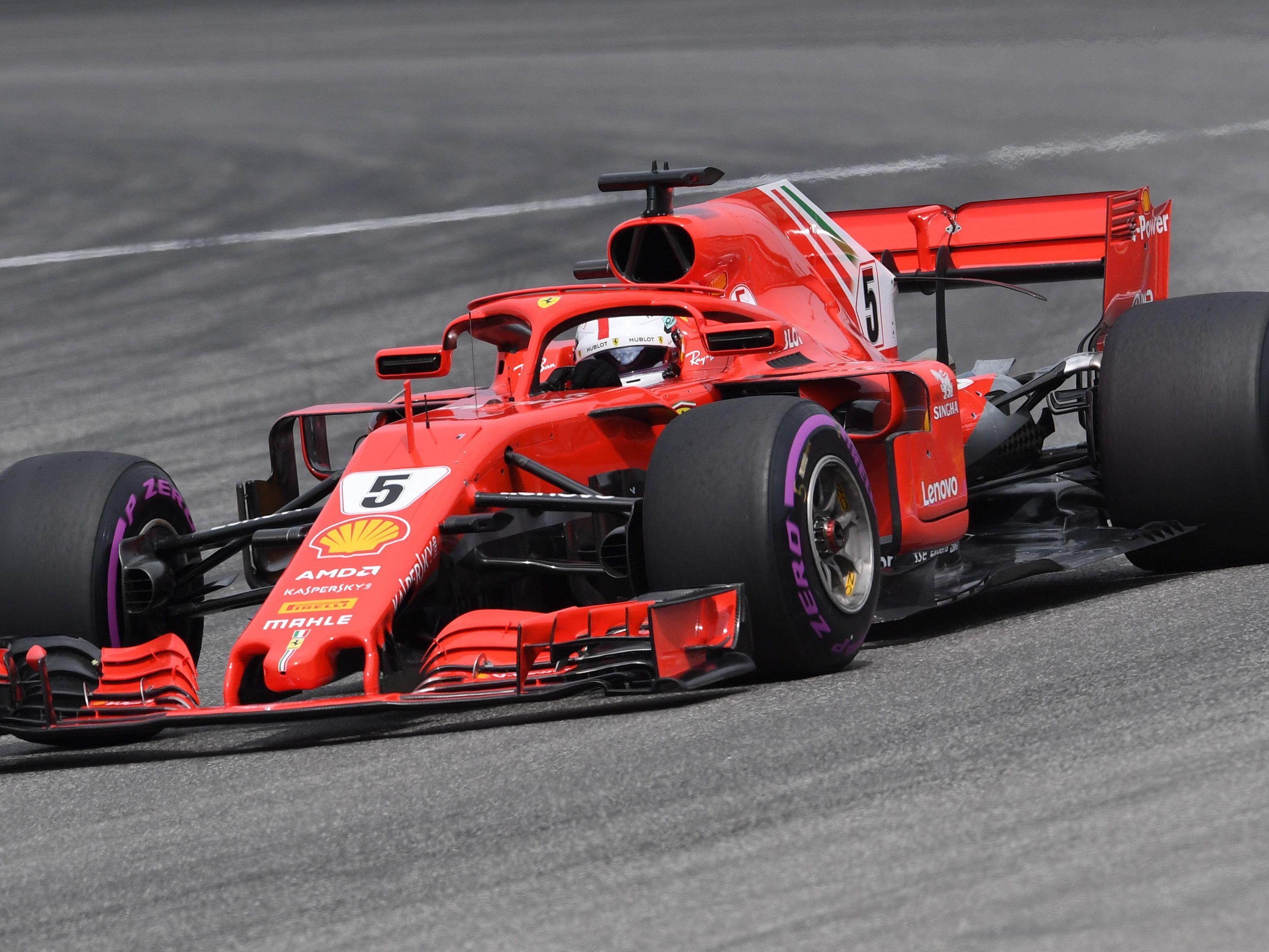 Vettel kracht in die Mauer! Hamiltons Sensation
