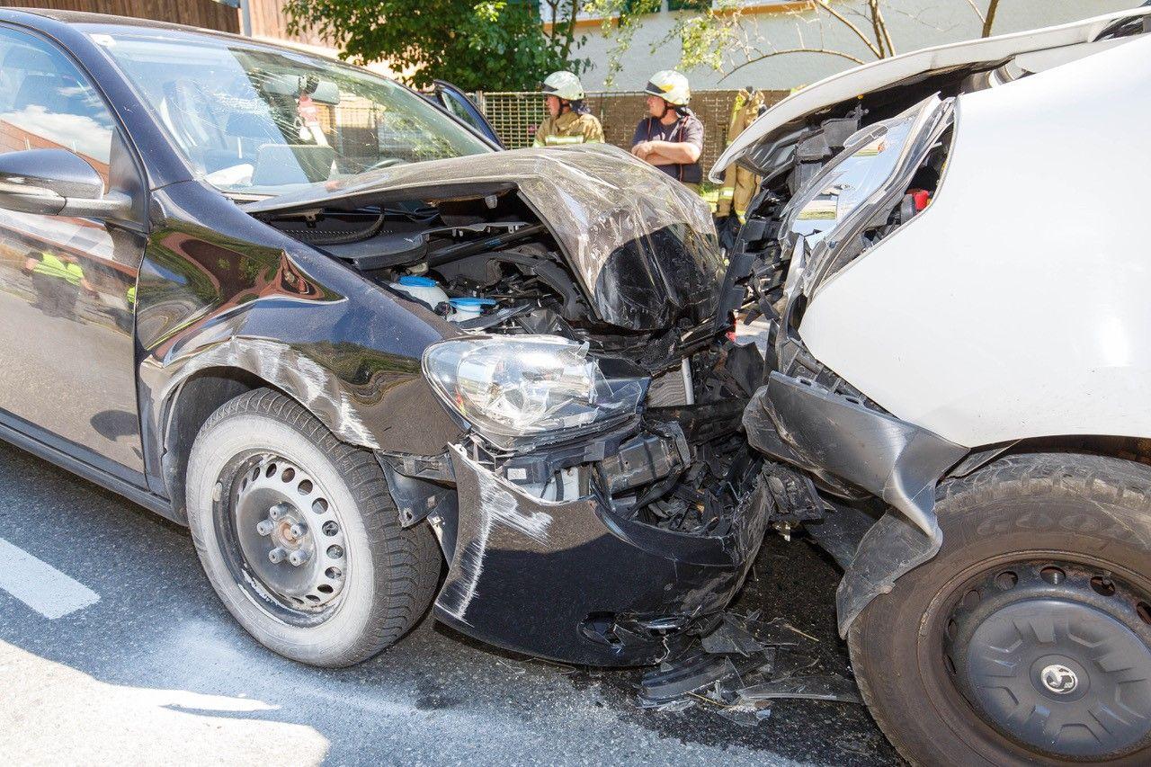 Vorarlberg: Frontalkollision in Bings – drei Verletzte