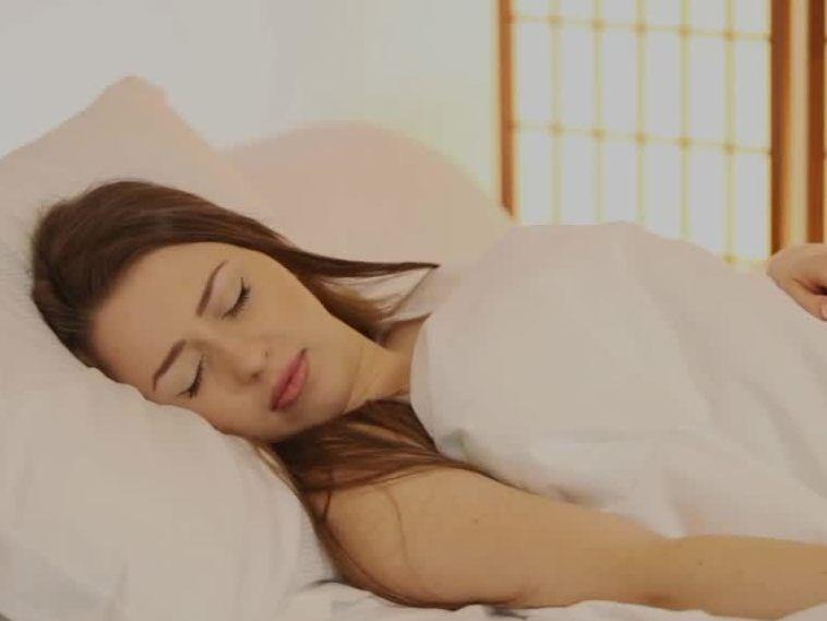 gut schlafen trotz hitze diese tipps helfen gesundheit vol at. Black Bedroom Furniture Sets. Home Design Ideas