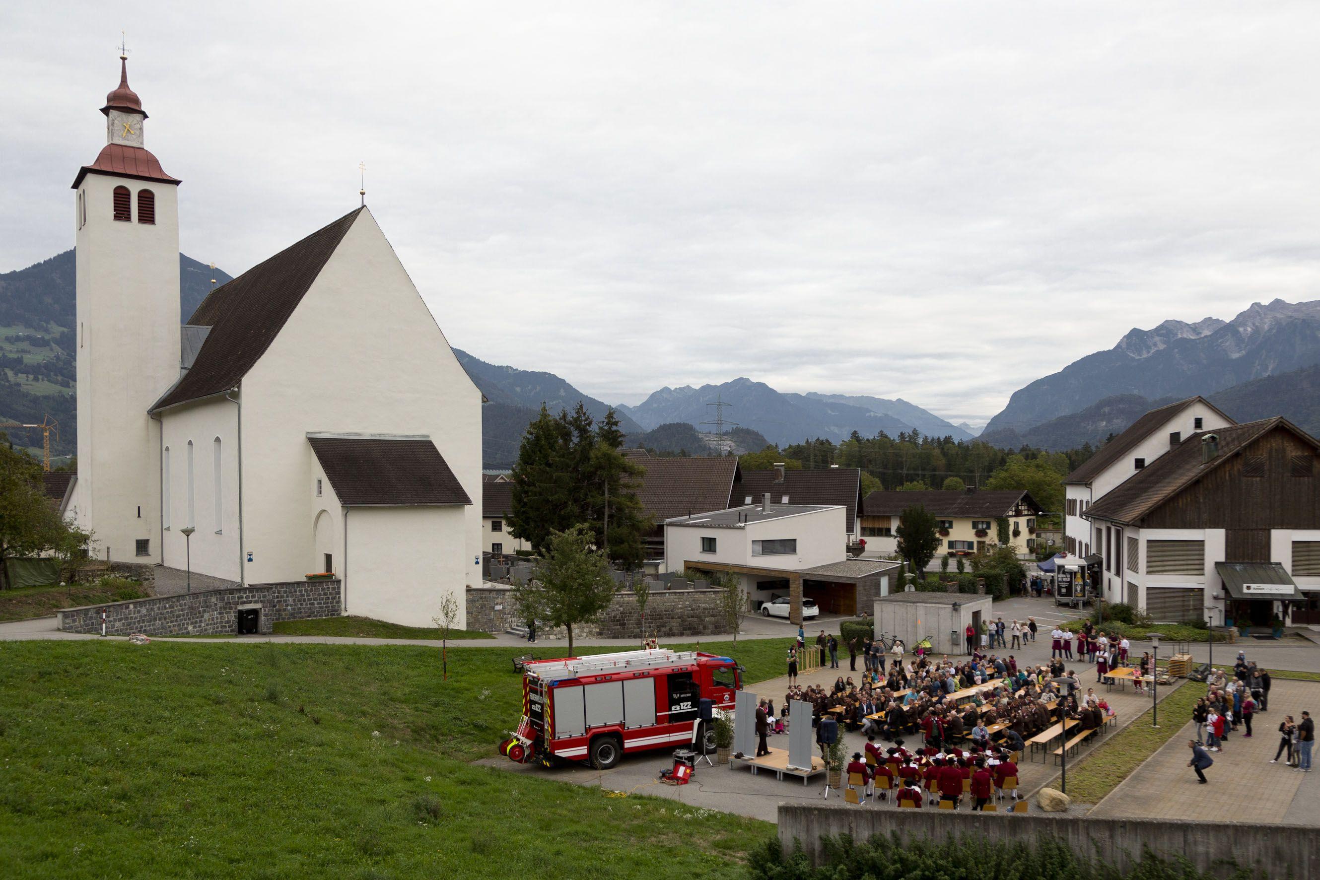 Vorarlberg: Neues Feuerwehr-Fahrzeug für Bludesch