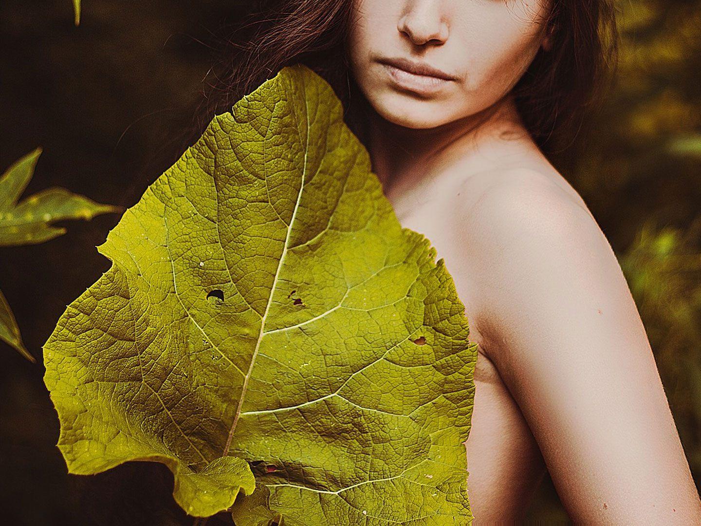 Wald nackte frauen Nackte Frauen