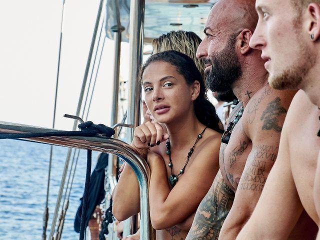 DSDS-Sternchen Emilija Mihailova zieht sich für Adam