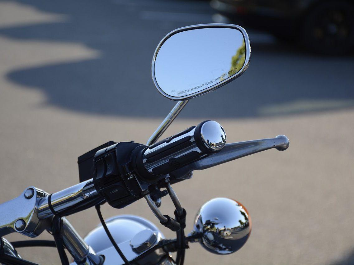 Der Wiener Biker wurde bei dem Unfall schwer verletzt.