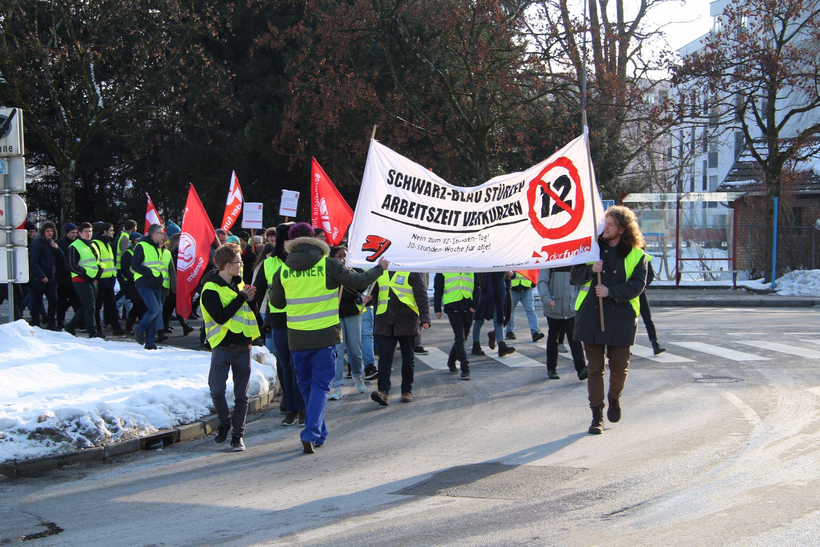 """Vorarlberg: """"Gelbwestenprotest darf kein Vorbild für Jugendliche sein"""""""