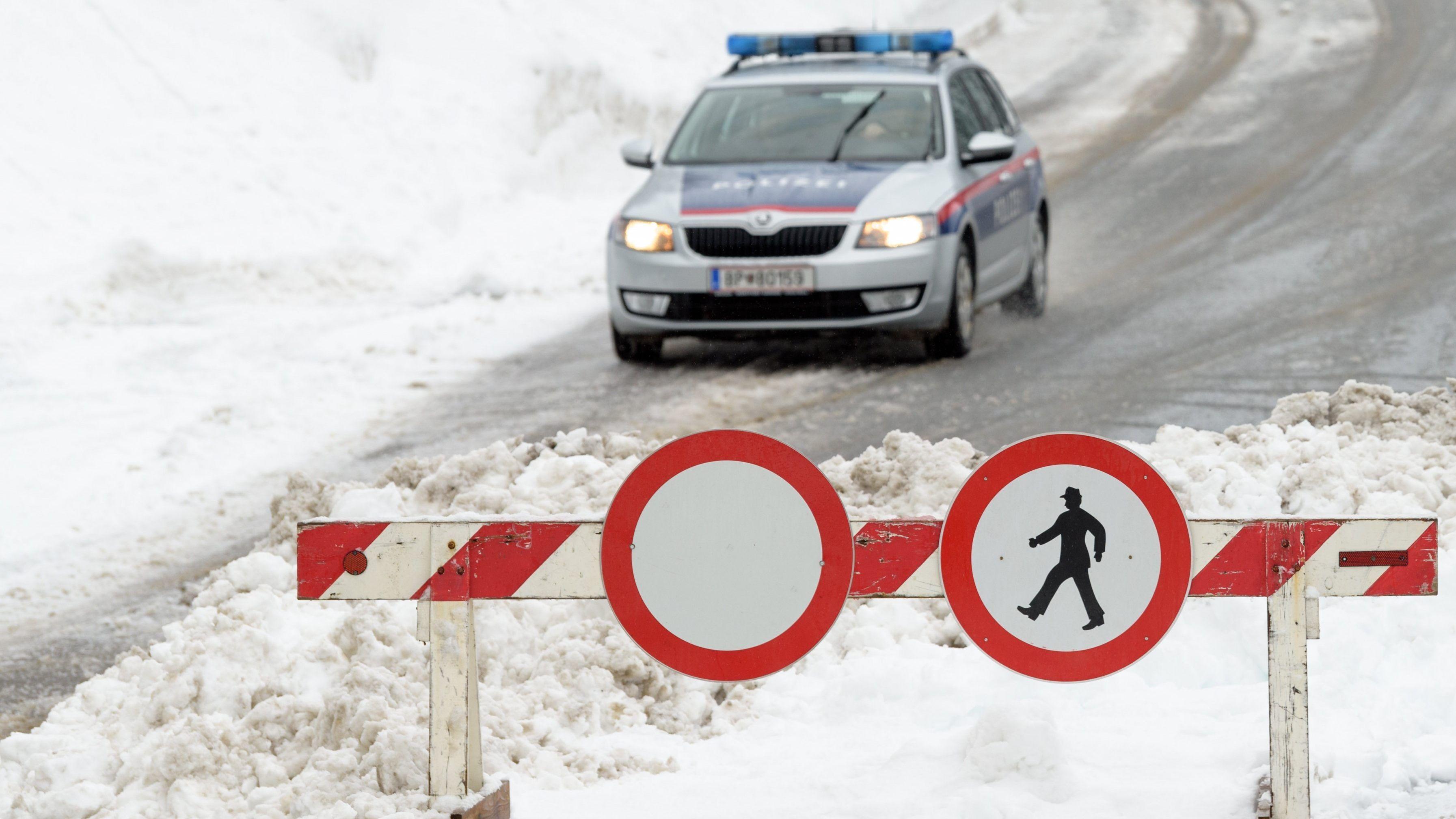 Straßensperren Tirol