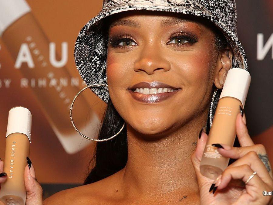 Rihanna verklagt ihren Vater