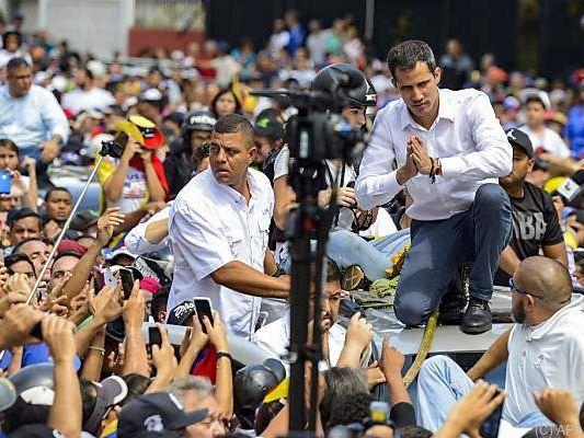 Oppositionsführer Juan Guaido bei Großdemonstration in Caracas