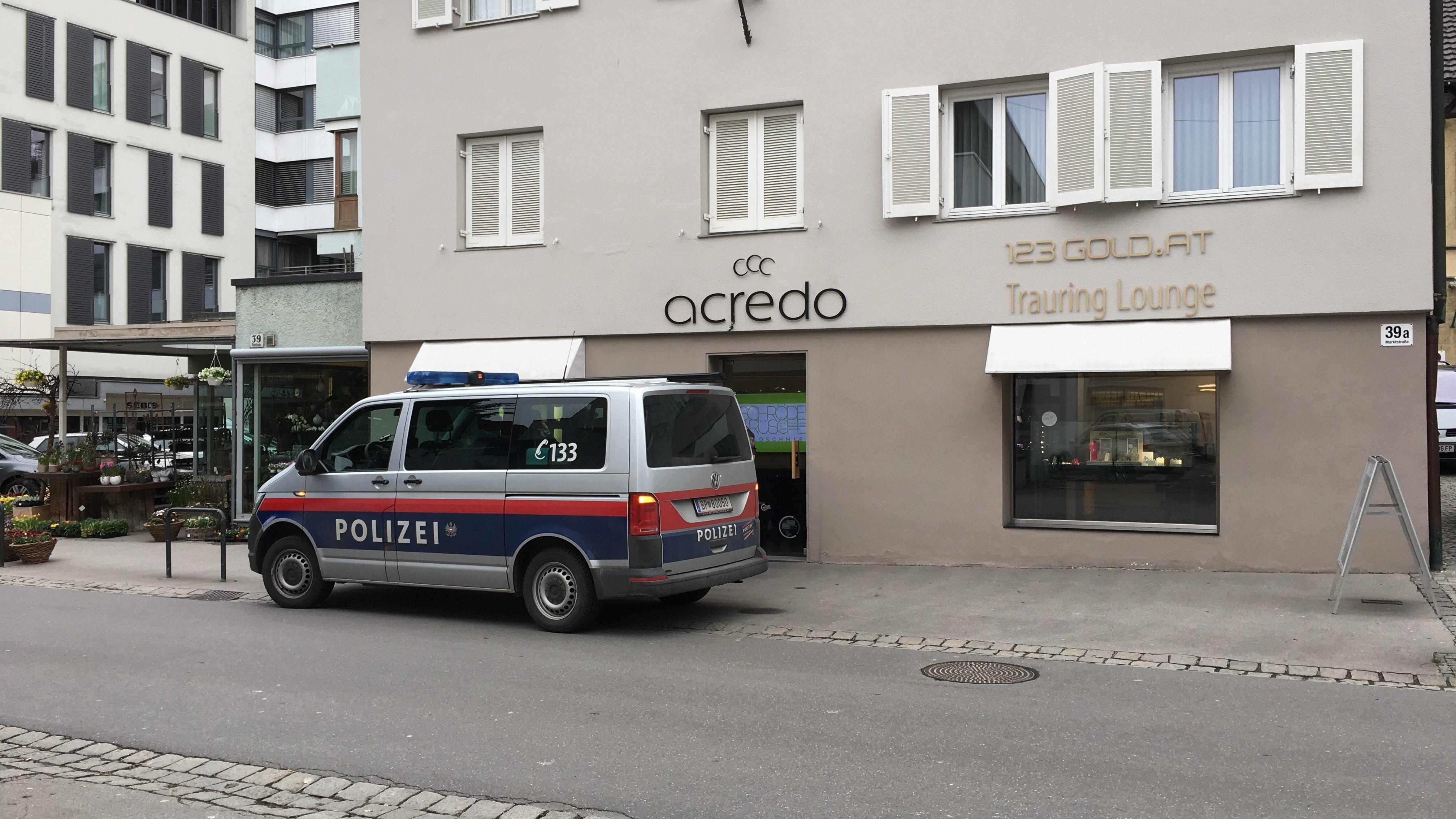 Juwelier-Raub-in-Dornbirn-Frauen-wollten-auch-Tankstelle-berfallen