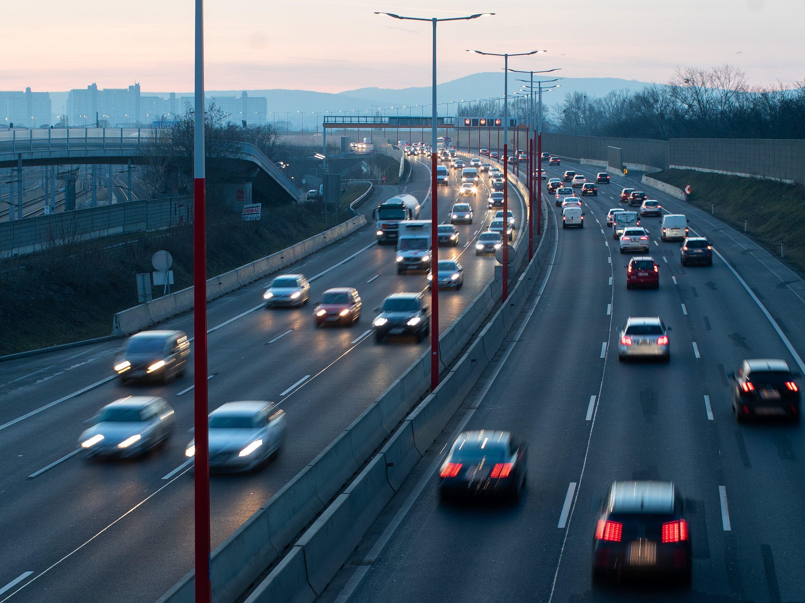 österreich Sieben Verkehrstote Zu Ostern österreich Viennaat