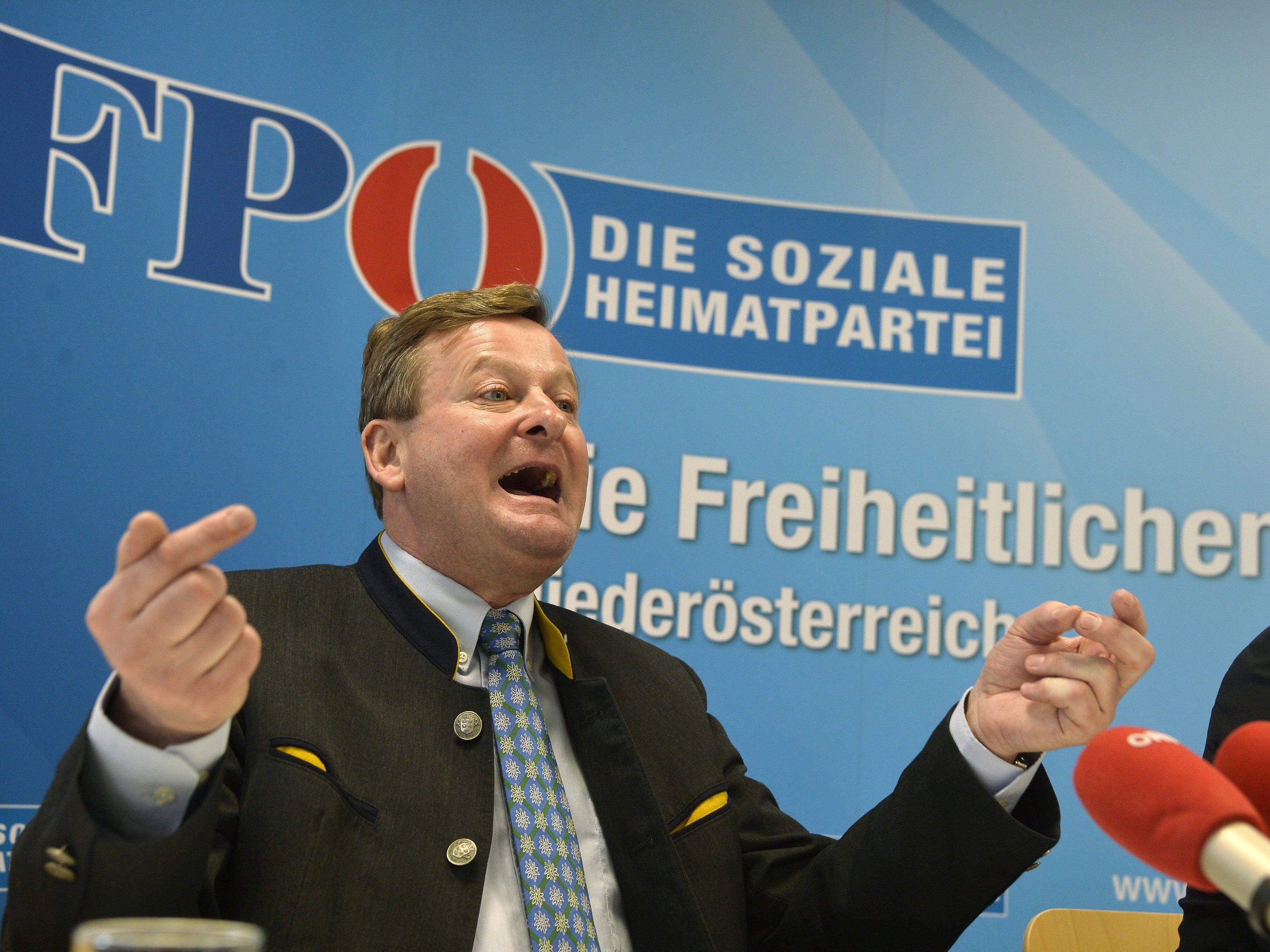 FPÖ-Waldhäusl postuliert