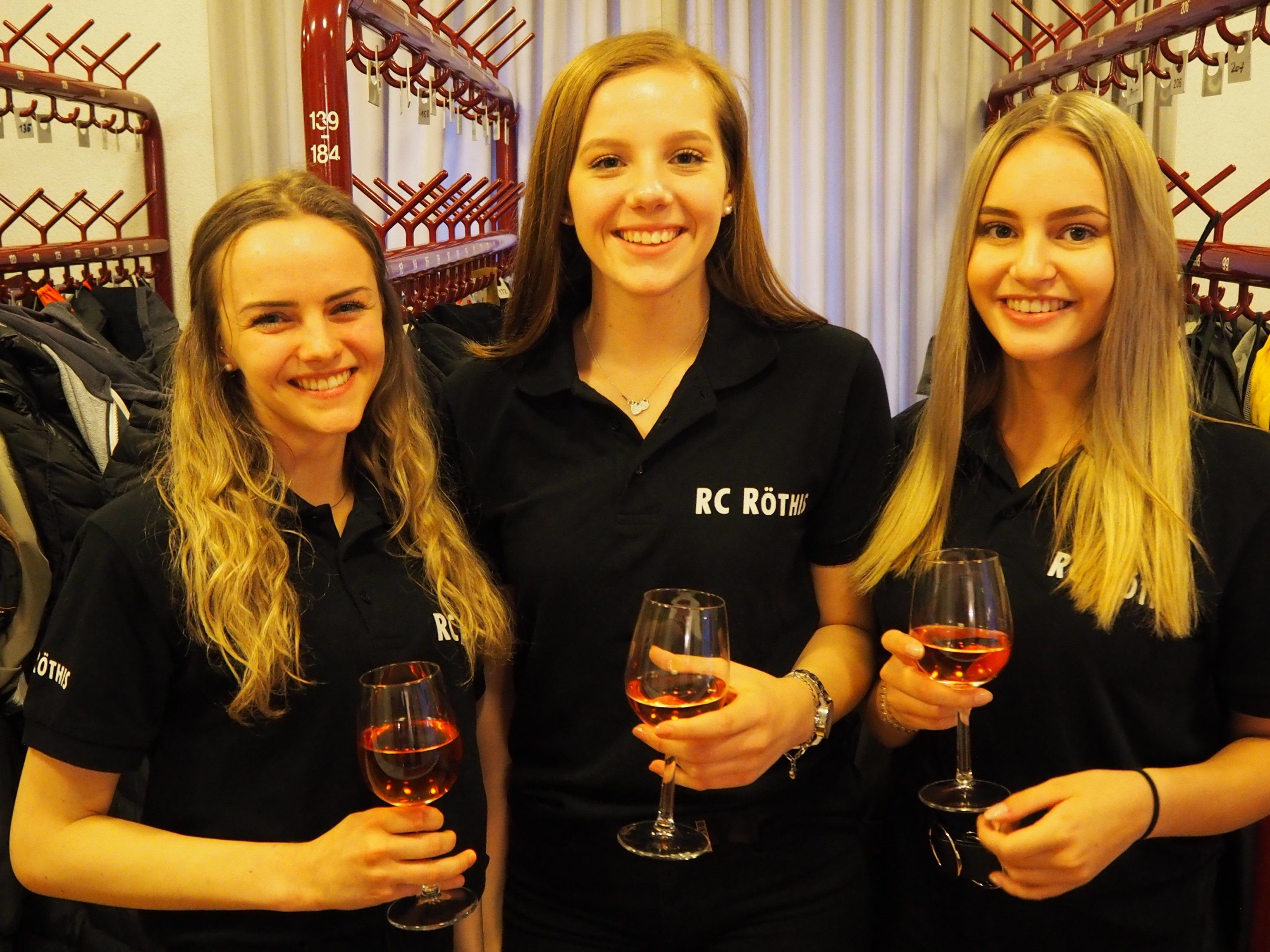 Charmanter Empfang: Laura, Annika, Lea