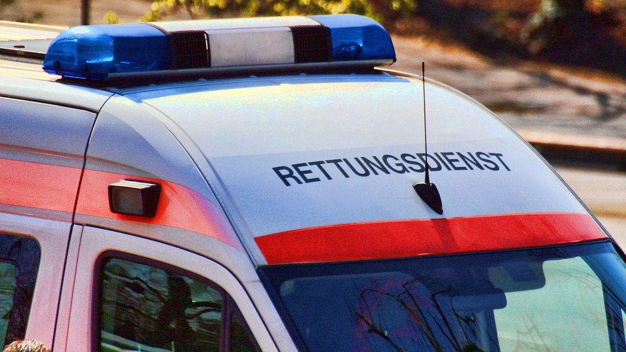 E-Scooter-Fahrer prallte in Vorarlberg gegen Pkw - schwer verletzt