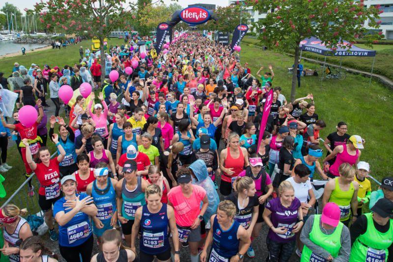 Gänsehaut pur für 4500 Ladies bei Jubiläumsauflage Bodensee Frauenlauf