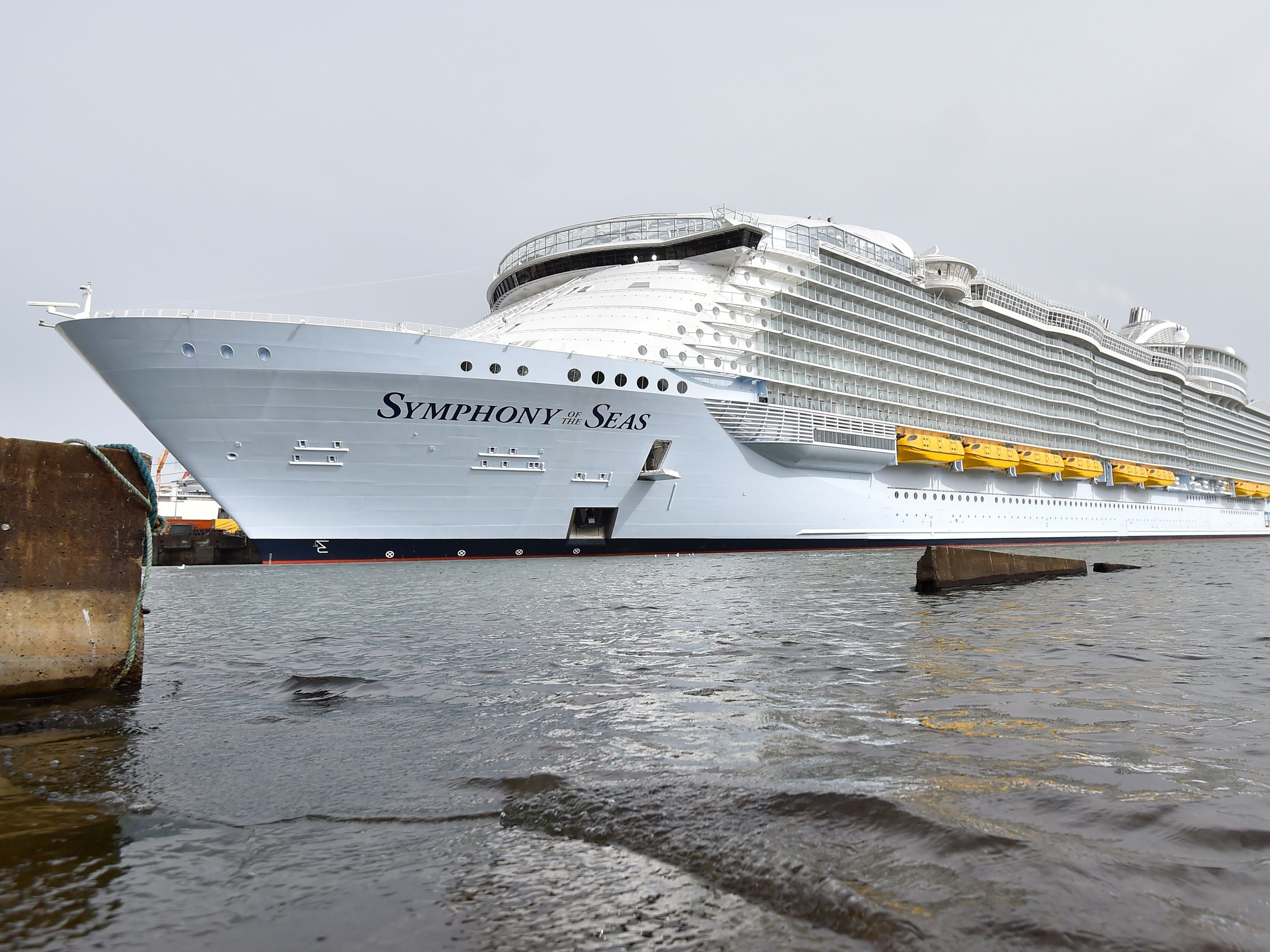 "Die ""Symphony of the Seas""."