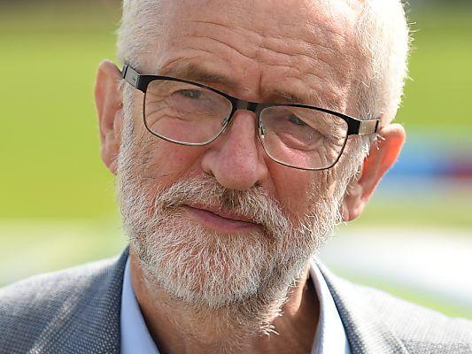 Corbyn will einen ungeregelten Austritt verhindern