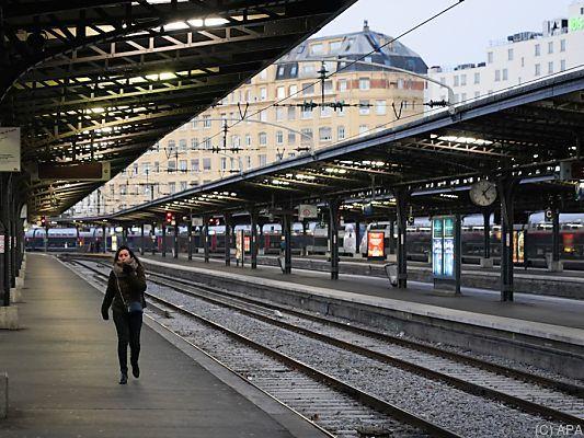 Streik in Frankreich: Kein Ende für Weihnachten in Sicht