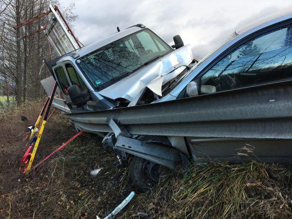 Unfall auf A14 mit mehreren beteiligten Fahrzeugen