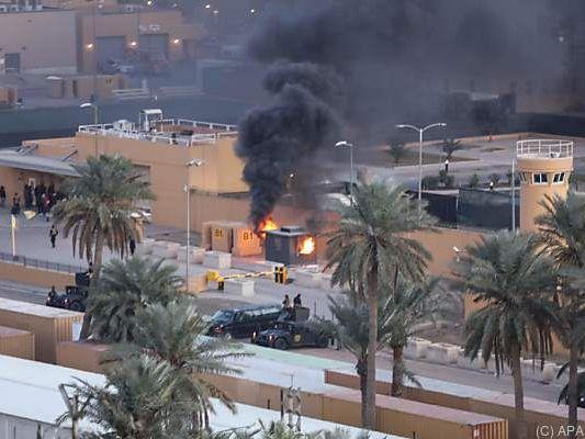 Irak: Konflikt im Irak eskaliert: USA und Iran gießen Öl ins Feuer