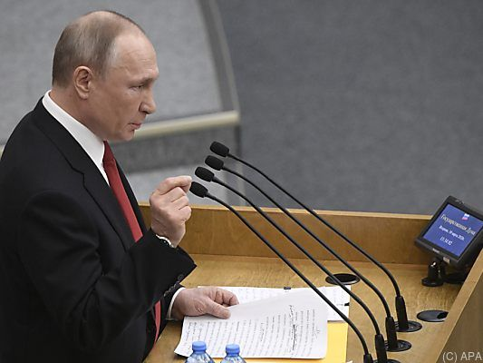 Russland - Abgeordnete billigen Putins Verfassungsreform